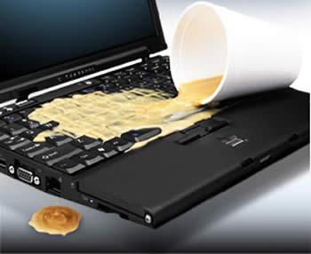 Café sobre ordenador